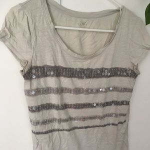 ☀️ LOFT gray sequin stripes tee